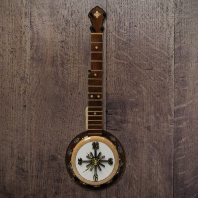 banjo-clock